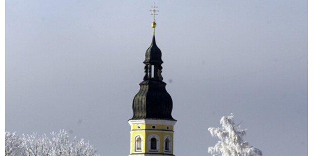 Monstranz von Grazer Kirchturm abgerissen