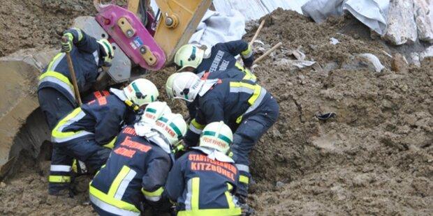 Arbeiter stirbt nach Erdrutsch