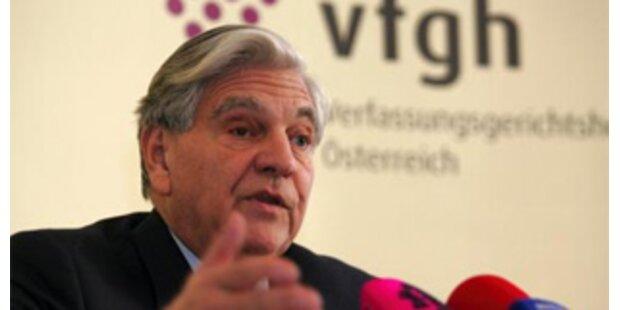 VfGH behandelt Elsner, Volksanwalt und Bettler