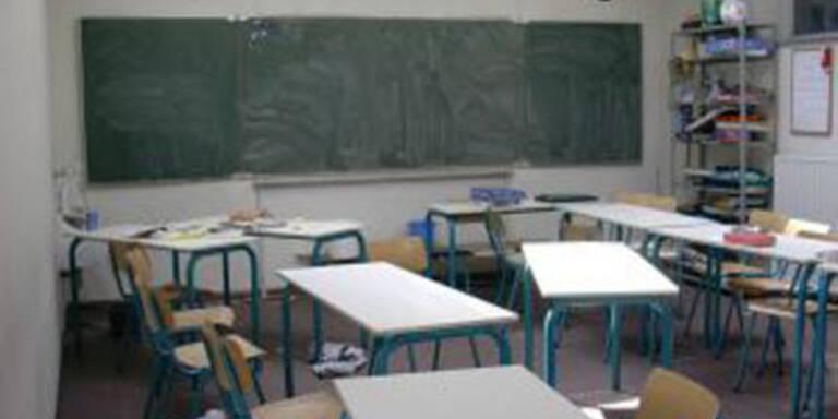 Grazer Lehrer fälscht Diplomzeugnis