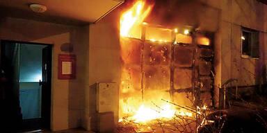 Knaller lösten Hausbrand aus Linz