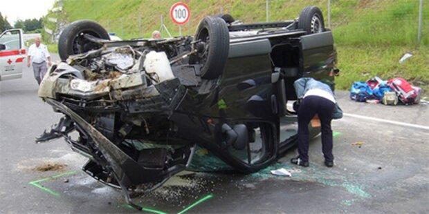 8 Italiener bei Unfall auf Südautobahn verletzt