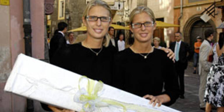 Daniela und Zwillingsschwester Sandra