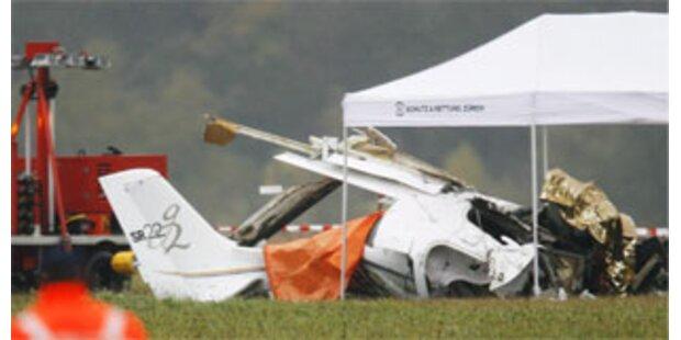 Zwei Tote bei Flugzeugabsturz in Zürich