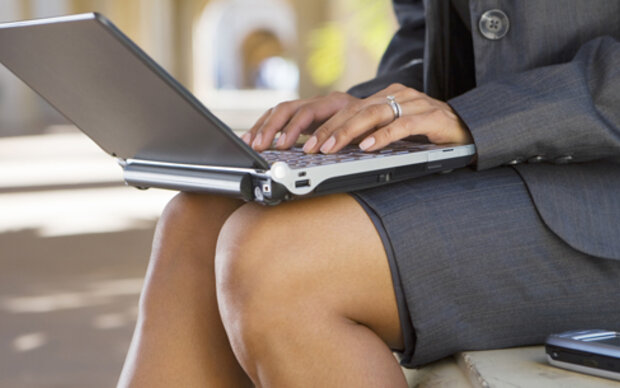 "Tennisarm ist out: Das ist das ""Büro-Knie"""