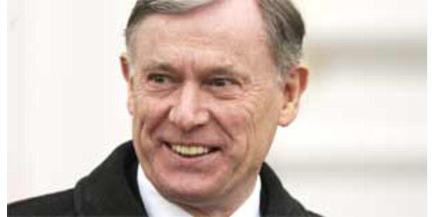 Köhler tritt für zweite Amtszeit an