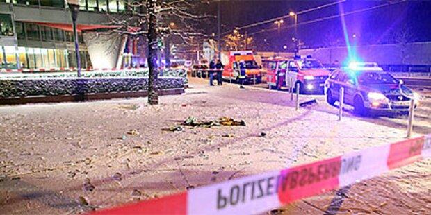 Zwei Menschen auf offener Straße erschossen