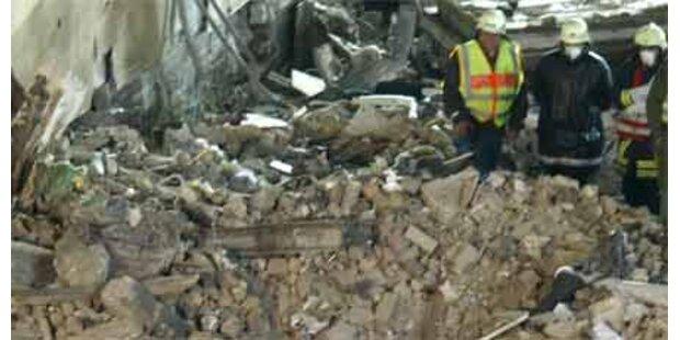 Leiche unter Trümmern in Köln entdeckt