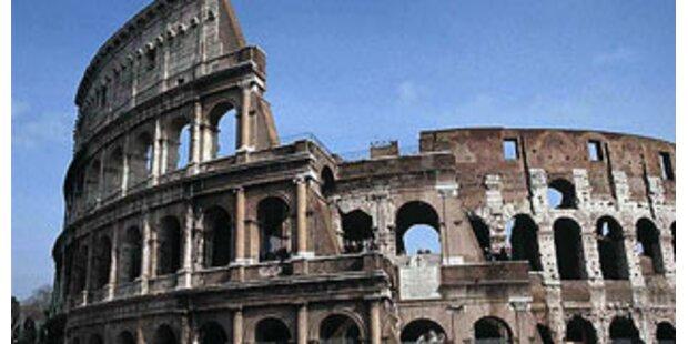 Italien: Bossi ruft zum Steuerstreik auf