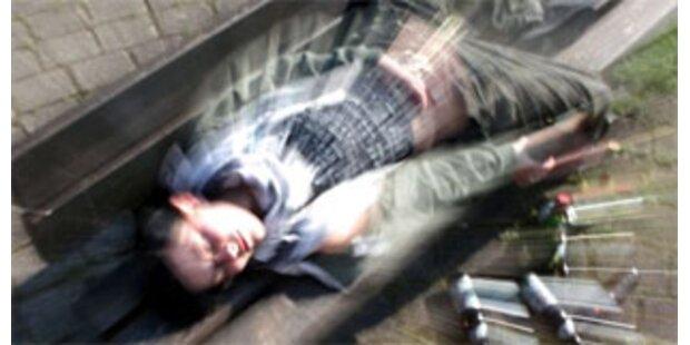 16-Jähriger trank sich in Salzburg bewusstlos