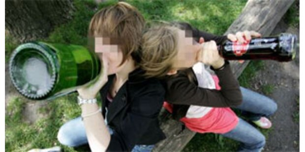 2 Mädchen tranken sich in Heim bewusstlos
