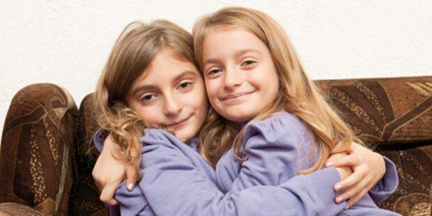 Happy End für Komani-Zwillinge