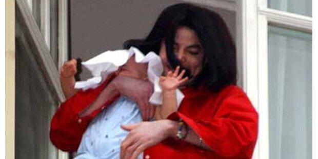 Jacksons Kinder kommen zu seiner Mama