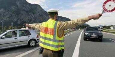 7.000 Polizisten kontrollieren Pfingstverkehr