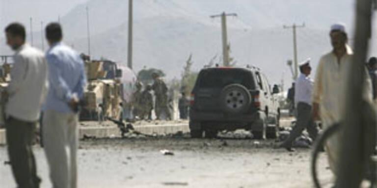 Drei Tote bei Anschlag auf Konvoi in Afghanistan