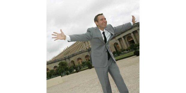 Künstler verkitscht & verschandelt Versailles