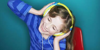 Laute Musik schädigt junge Ohren