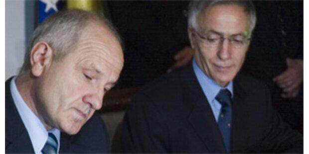 Kosovo hat ab sofort eigene Verfassung