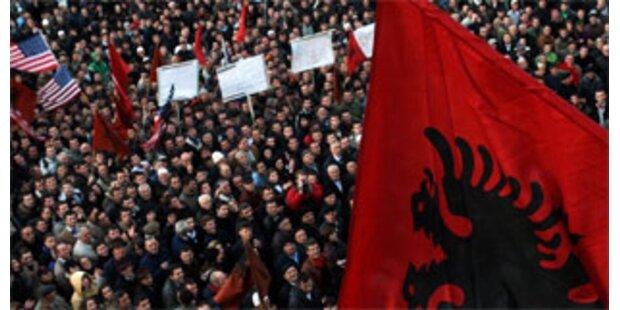 Fieberhaftes Tauziehen um Kosovo-Lösung
