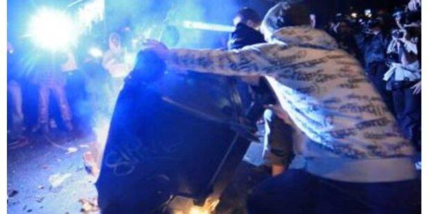 Krawalle zwischen Taxlern und Polizei