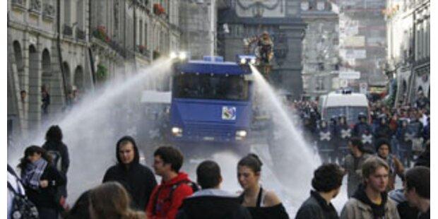 Jugend-Randale in Pariser Vorstadt