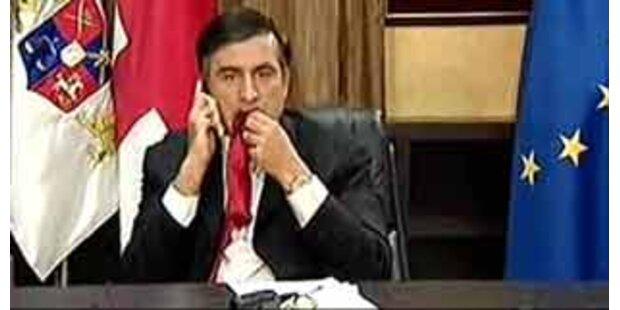 Georgiens Präsident beim Krawatten-Essen