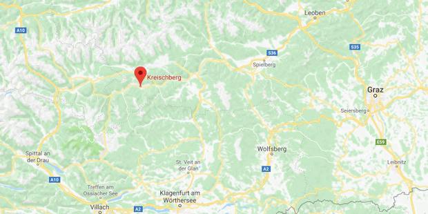 Rund 100 Menschen sitzen in Sessellift in Österreich fest
