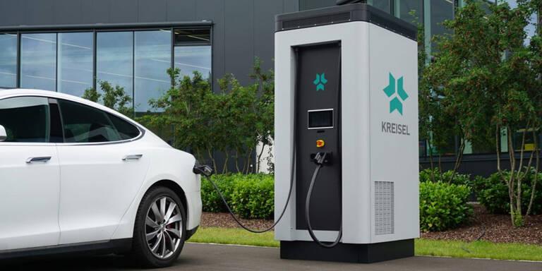 Hightech-Ladesäule von Kreisel für Elektroautos