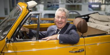 Heinz Fischer in Bruno Kreiskys gelben Käfer