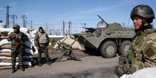 Russische Truppen stürmten Krim-Stützpunkte