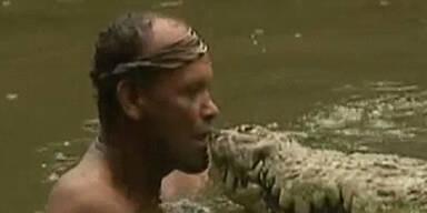 Fischer und Krokodil sind beste Freunde