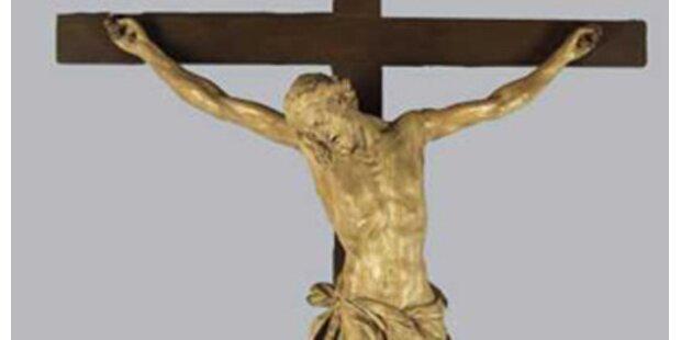 Kruzifix: 1. Klage eingebracht