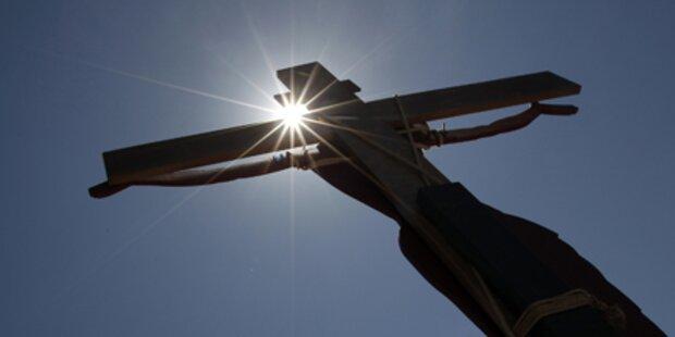 Wurden Teile von Jesu Kreuz gefunden?