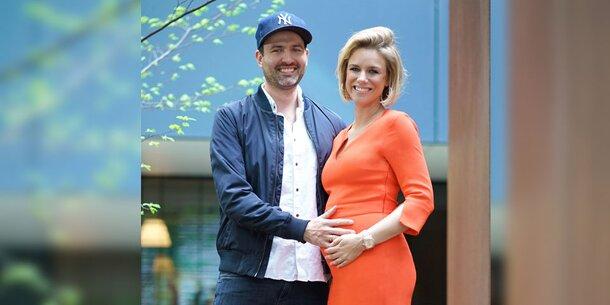 beste Angebote für weltweit bekannt billig zu verkaufen RTL star presenter Sandra Kuhn is pregnant
