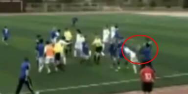 Üble Kung Fu-Attacke am Fußballplatz