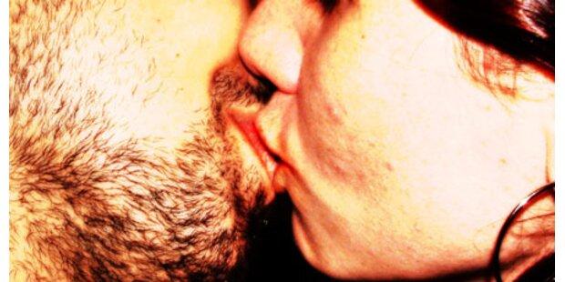 111 Personen in 60 Sekunden geküsst