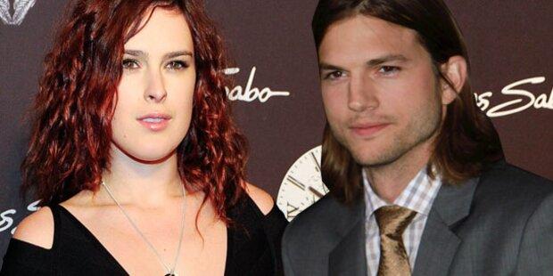 Ashton Kutcher feiert mit Rumer Willis