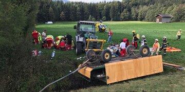 Mehrere Verletzte : Schwerer Kutschen-Unfall in Tirol: 16 Verletzte