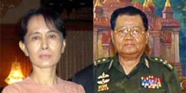 Suu Kyi und Than Shwe