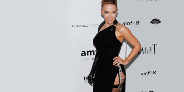 Sexy mit 42: Kylie in Strapsen