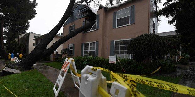 Schwere Unwetter über L.A.: Strom- und Flugausfälle