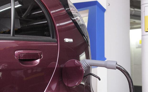 Lade-Netzwerk für Elektro-Autos entsteht