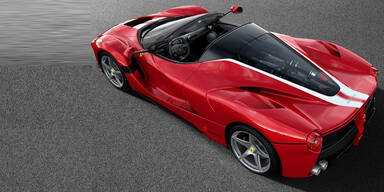 Ferrari spendet speziellen LaFerrari Aperta