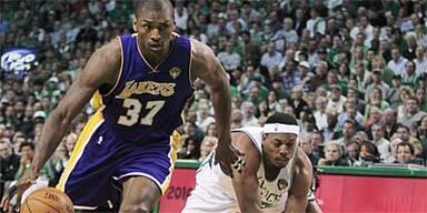 Wichtiger Auswärtssieg für Lakers