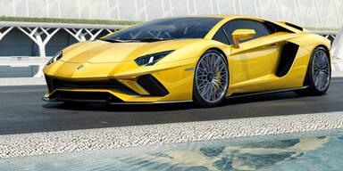 Lamborghini schärft den Aventador nach