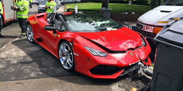 Junger Angeber (25) schrottet 610-PS-Lamborghini