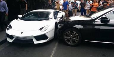 Mercedes schießt 350.000-€-Lambo ab