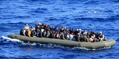 Mehr als 2.000 Flüchtlinge in 24 Stunden auf Lampedusa eingetroffen