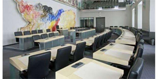 Land Kärnten spart bei Beamten