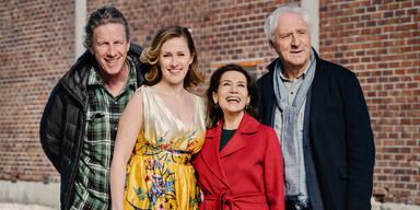 Richard Huber; Marlene Morreis; Hannelore Elsner; Günther Maria Halmer